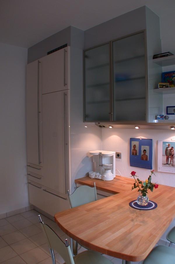 hochbetten nach ma individuelle g nstige hochbetten aus berlin menke bett. Black Bedroom Furniture Sets. Home Design Ideas
